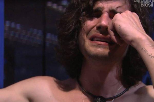 Fiuk chorando no BBB21