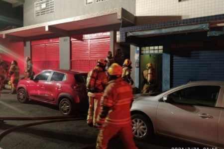 bombeiros em ação
