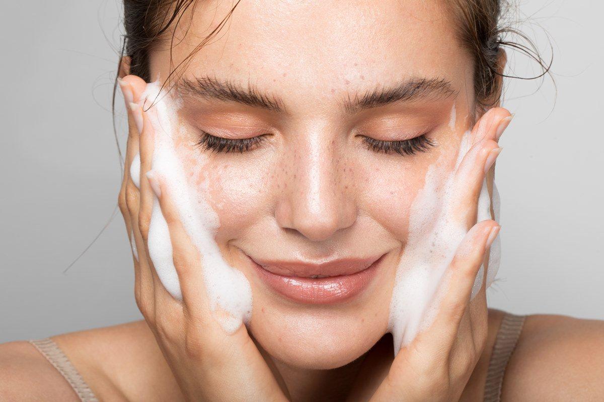 Sabonete facial rotina de skincare