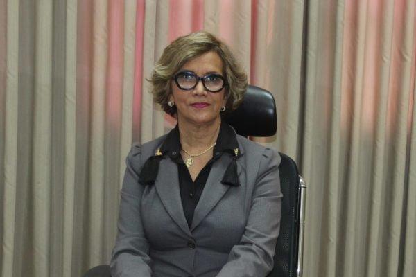 Presidente da Associação de Magistrados da Bahia (AMAB), juíza Nartir Dantas Weber