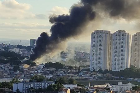 Incêndio no galpão da Alke, Taboão da Serra