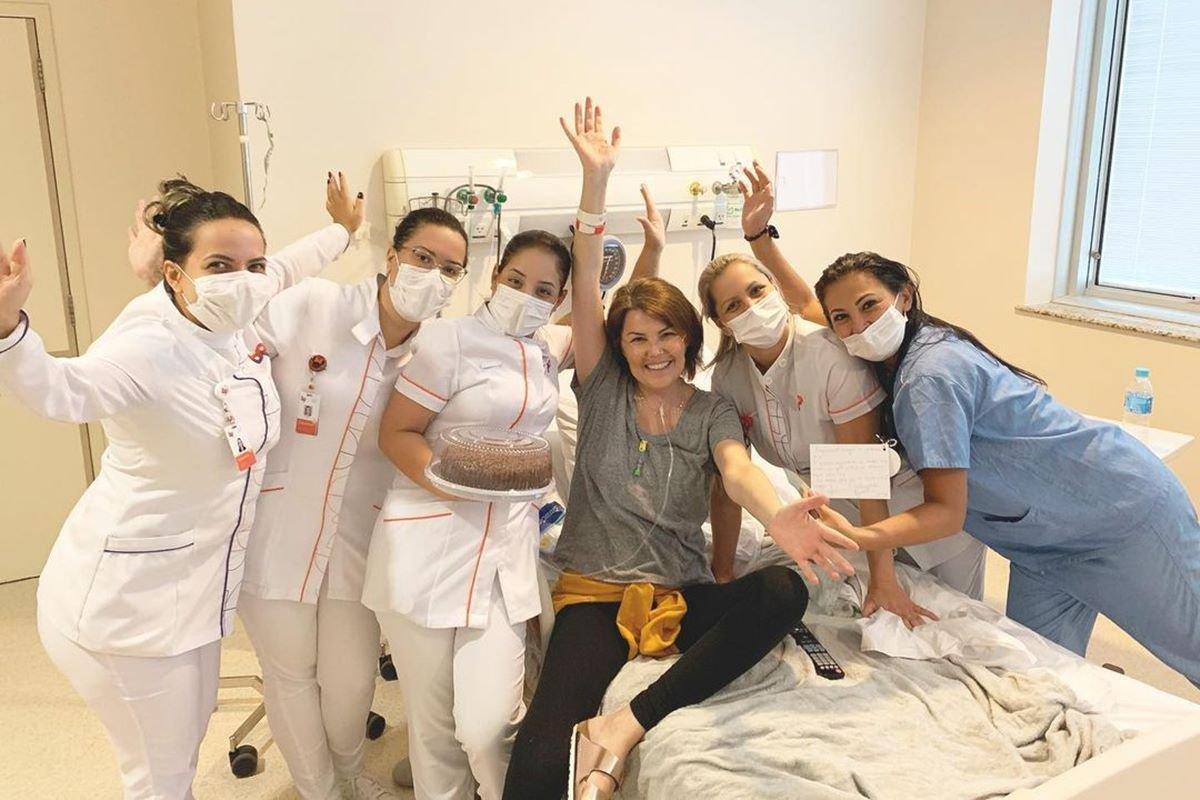 Última foto postada por Ana Paula. Ela celebrava mais uma vitória contra a doença
