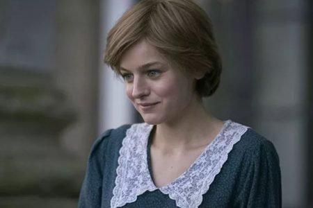 Emma Corrin em The Crown