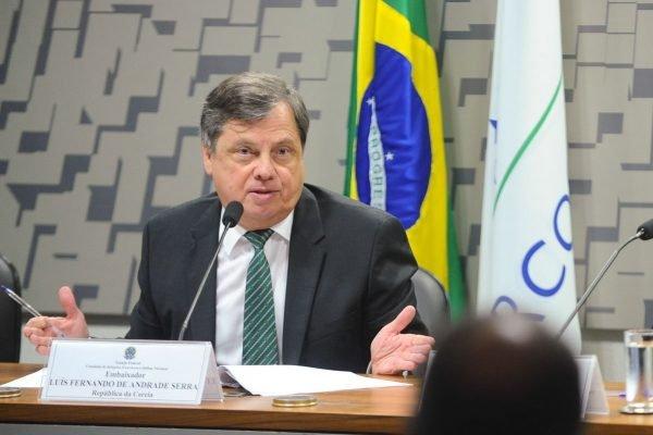 Embaixador do Brasil na França, Luís Fernando Serra, é cotado para substituir Araújo