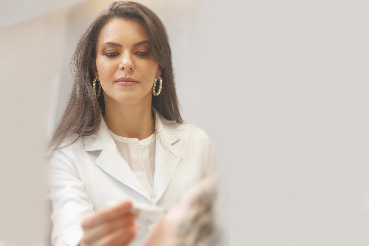 Dermatologista Danglades Eid