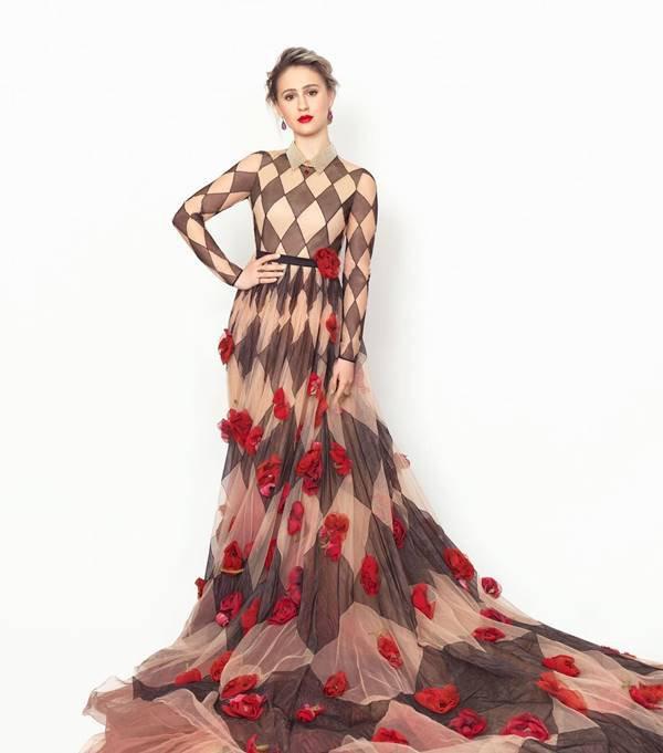 Maria Bakalova, de Dior, para o SAG Awards 2021