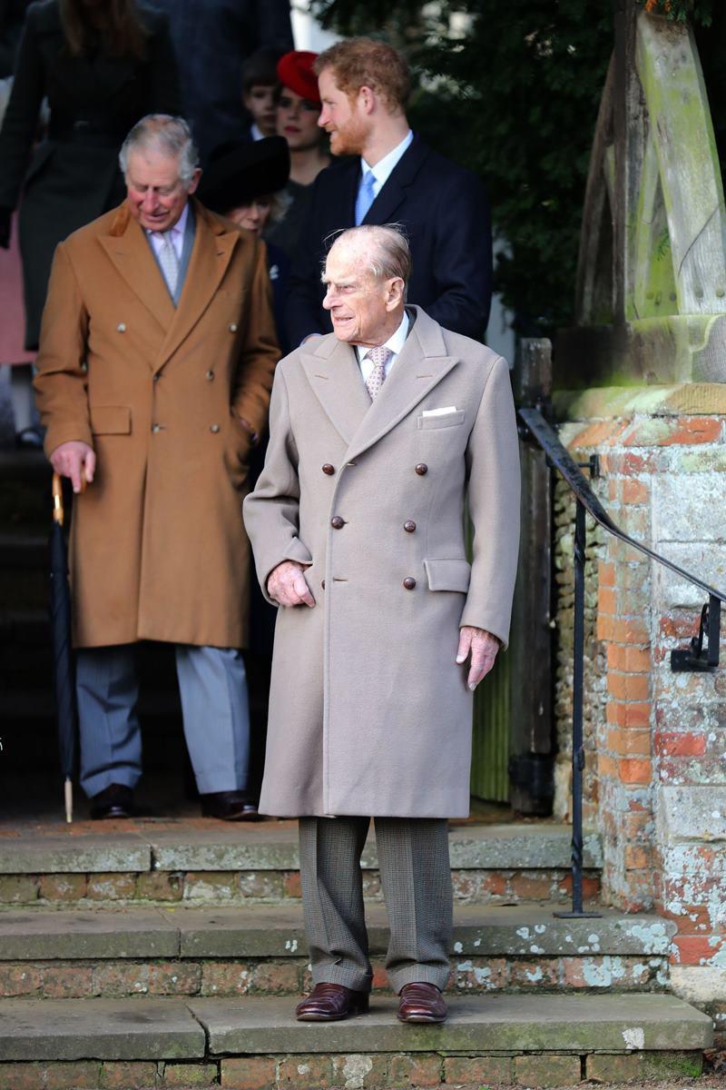 Príncipes Philip, Charles e Harry