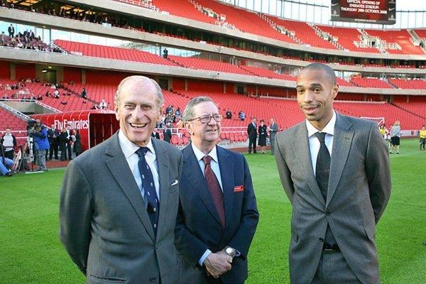 Príncipe Philip e Henry no Arsenal