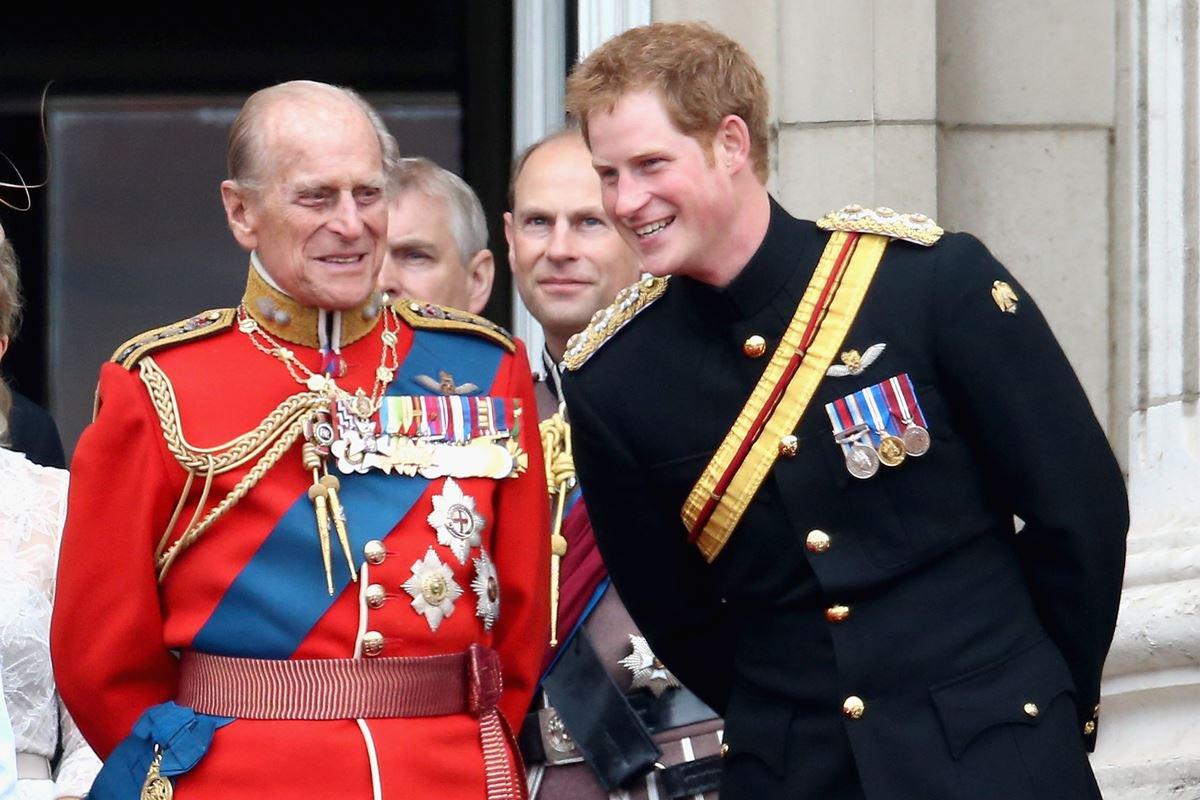 Príncipes Philip e Harry