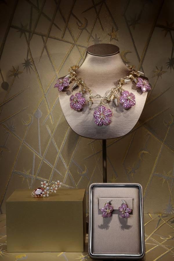 Exposição da Tiffany com 500 peças de alta joalheria na China