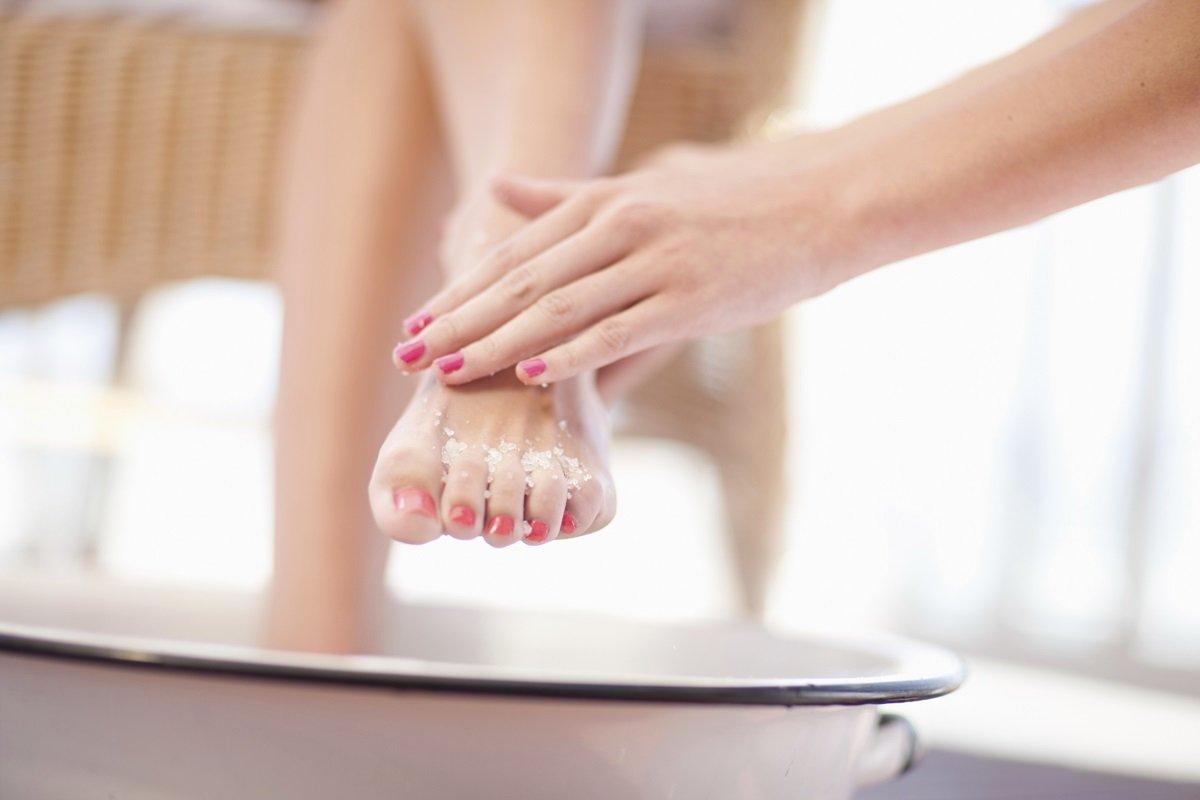 Esfoliar os pés