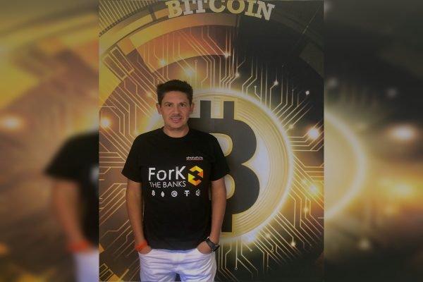 milionário irlandês do bitcoin melhor investimento em bitcoin brasil