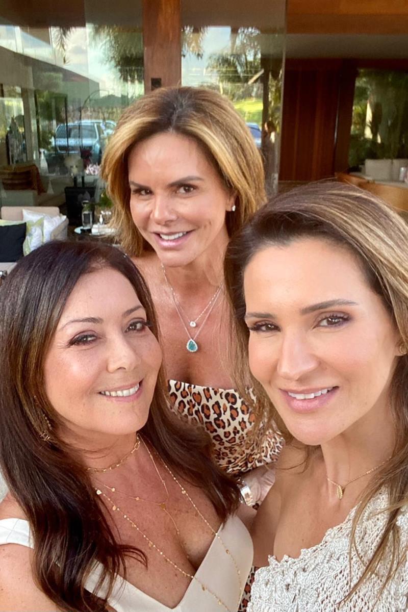 Claudia Salomão, Georgia De Luca e Adriana Chaves