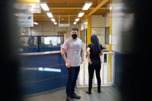 Caso Henry Borel Medeiros: Thalita Fernandes, irmã de Jairinho, na 16ª DP (Barra da Tijuca)