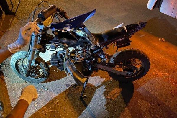 goias criança que pilotava minimoto é atropelada por onibus e tem o braço amputado