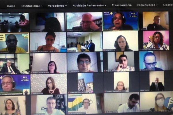 Audiência pública conjunta de vereadores e deputados do Rio sobre a abertura de leitos