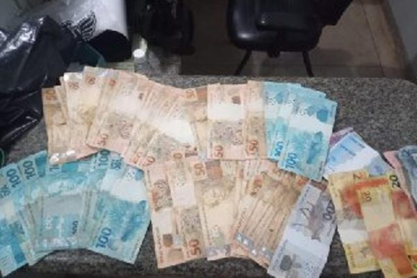 goias neto rouba R$ 10 mil avô
