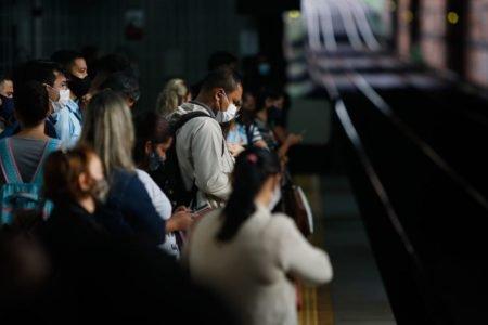 Estação do Metrô-DF cheia por conta da greve