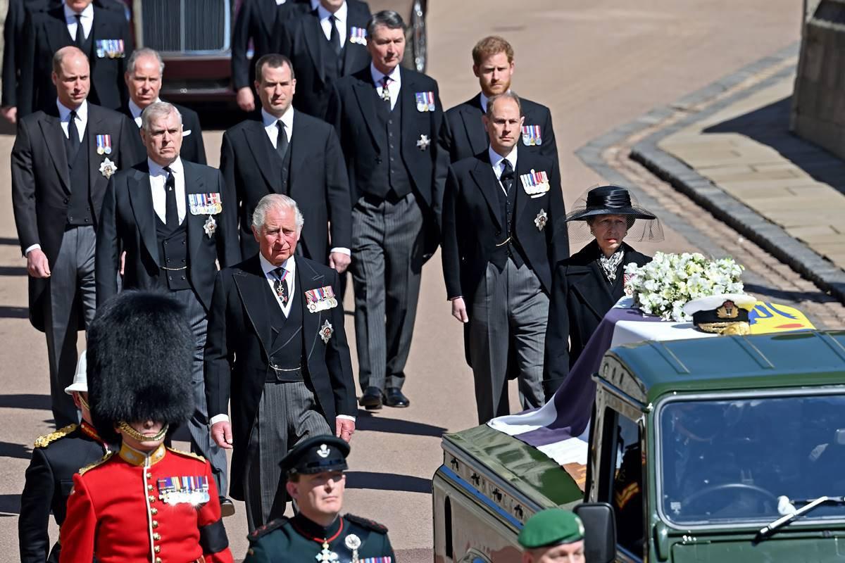 Funeral príncipe Philip - Charles, William e Harry