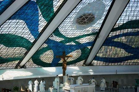 Missa em homenagem ao aniversário de Brasília na Catedral Metropolitana