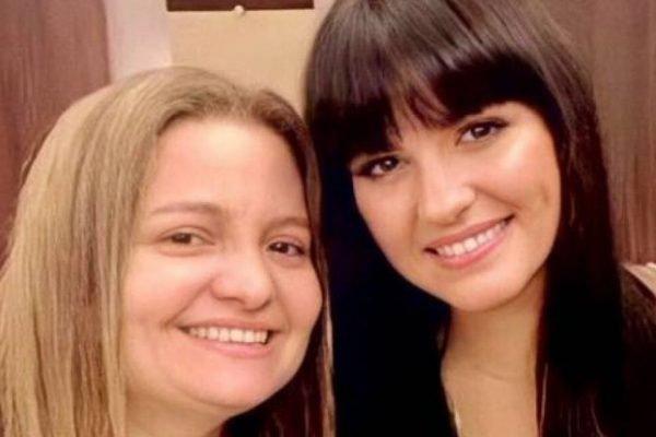 dubladora brasileira Ana Lúcia Menezes (à esquerda) e a atriz mexicana Maite Perroni (à direita)