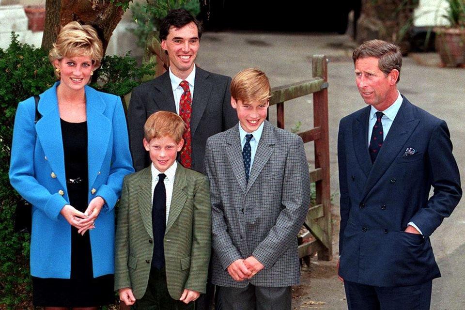 Princesa Diana, Harry, William e príncipe Charles