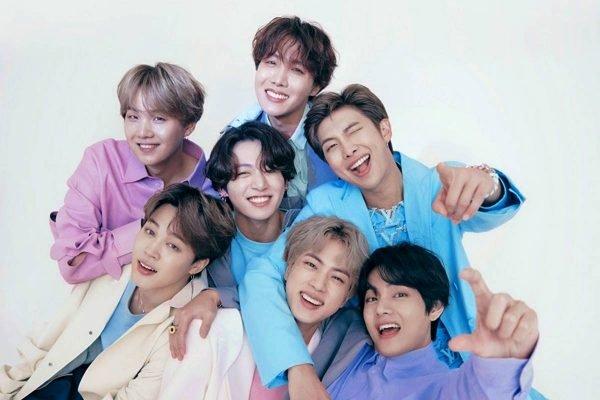 Os membros do grupo de k-pop BTS são os novos embaixadores da Louis Vuitton
