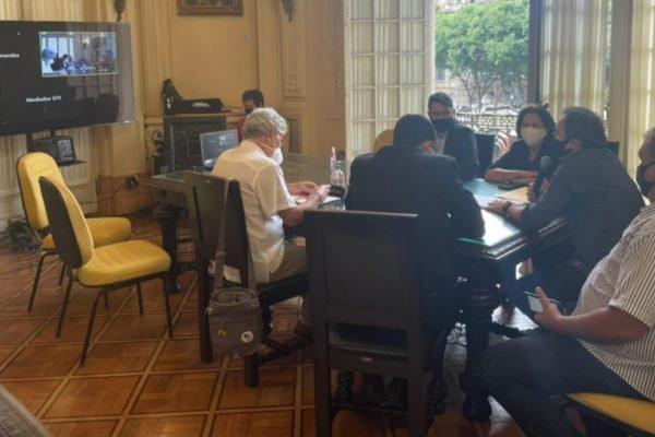 Conselho de Ética da Câmara dos Vereadores do Rio em reunião para decidir sobre cassação de Jairinho