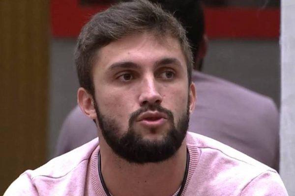 Arthur Picoli no BBB21