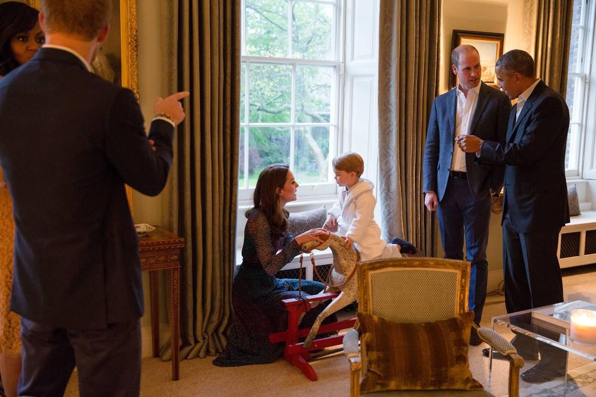 Kate Middleton e príncipe William com Barack e Michelle Obama