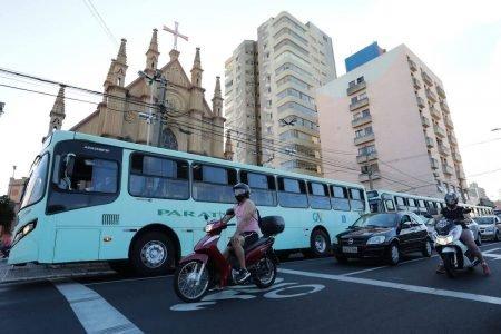 Movimentação nas ruas de Araraquara
