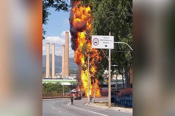 Caminhão-tanque explode