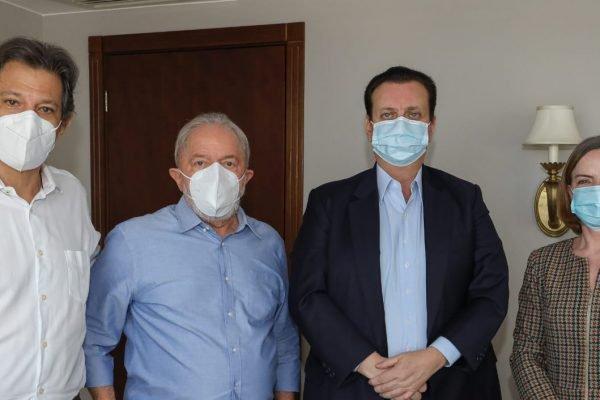 Fernando Haddad, Lula da Silva, Gilberto Kassab e Gleisi Hoffmann, durante encontro em Brasília