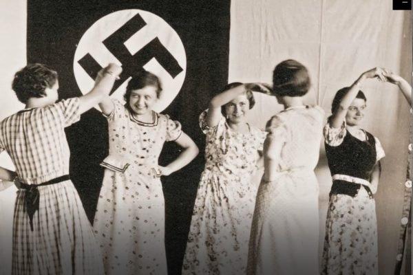 Jovens alemães perguntam sobre o passado dos avós durante o nazismo