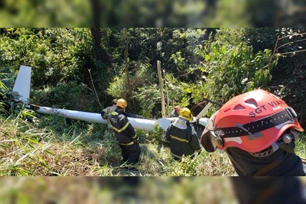 Helicóptero quebrado em BH