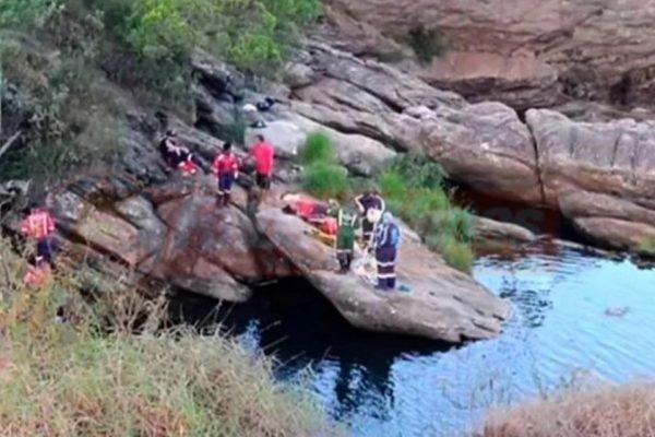 Afogamento aconteceu na Cachoeira do Cambota, em MG
