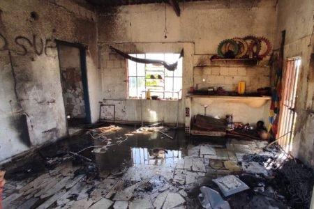 goias casa destruida pela fogo após tentativa de feminicidio