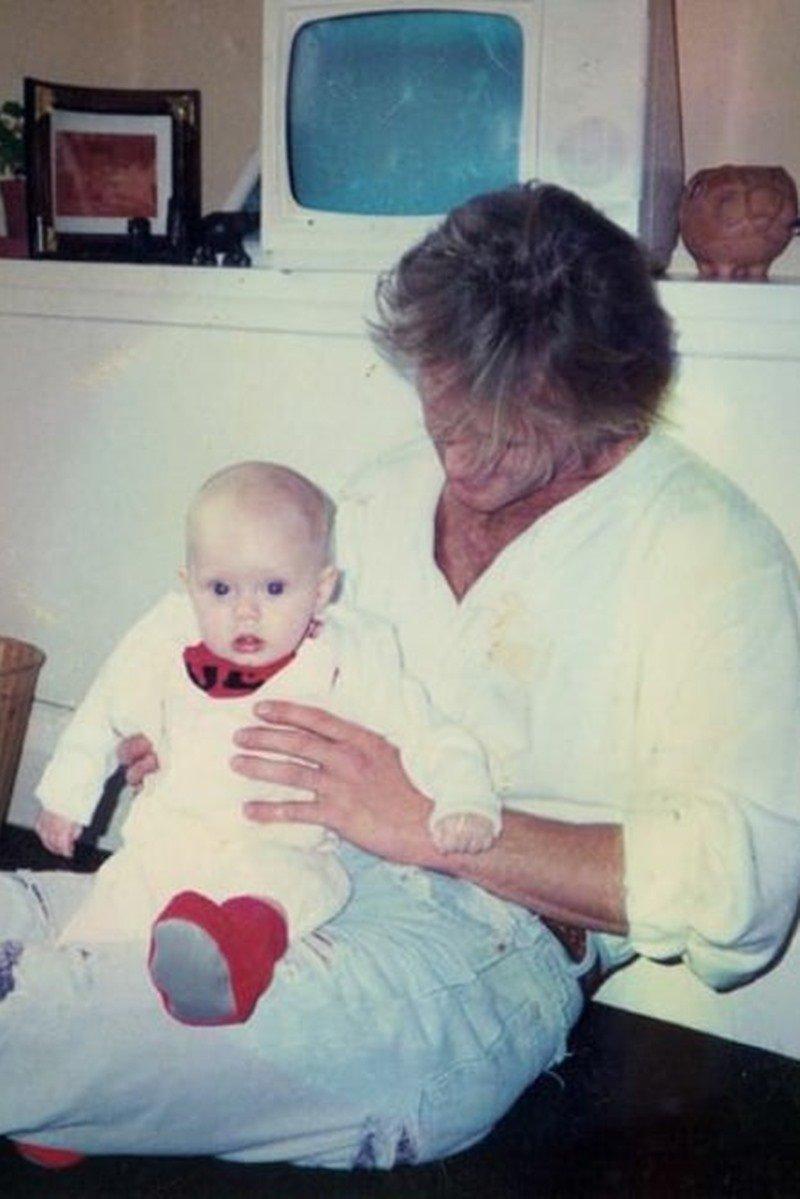 Adele com o pai Mark Evans