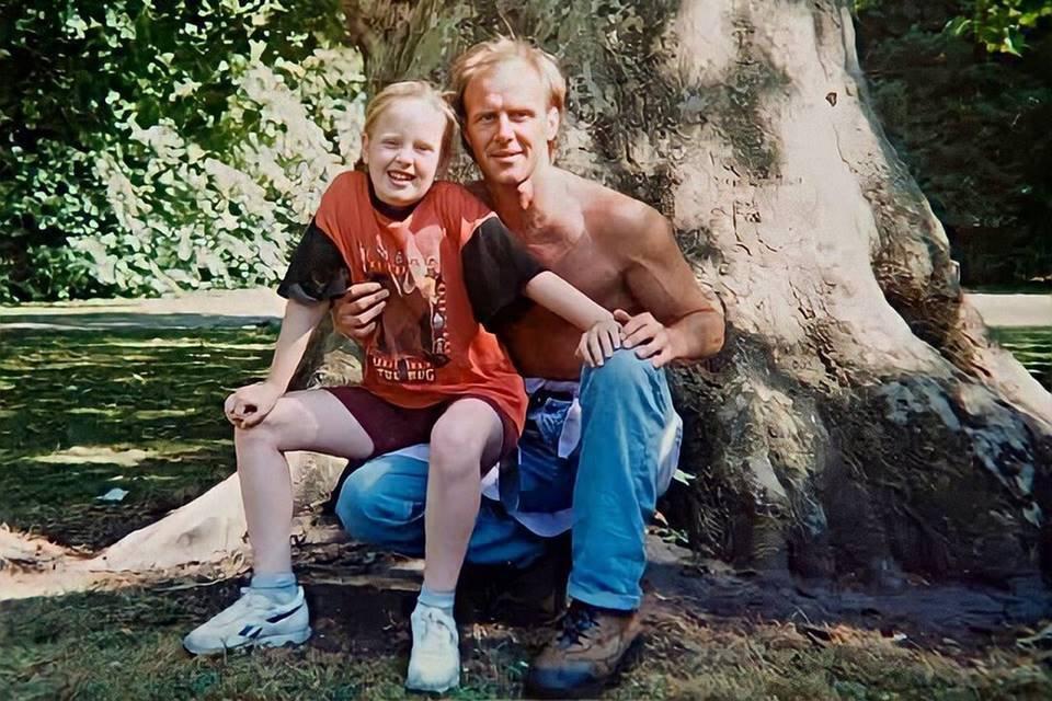 Brigado com a filha, pai de Adele morre após luta contra o câncer