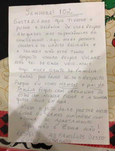 """Carta enviada por um """"pai de família"""" a Ana Paula Benatti, de 22 anos, por ter usado roupas """"vulgares"""""""