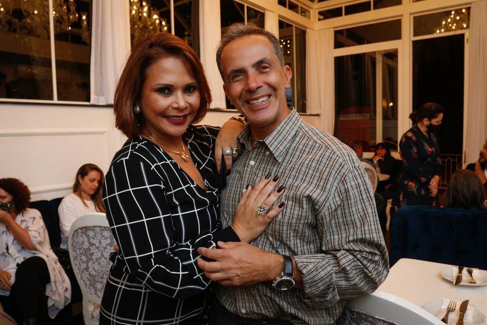 Luciana Santos e Carlos Alberto Souza Silva