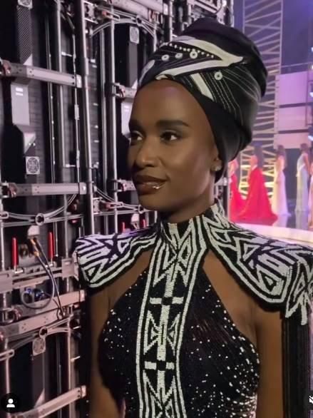 sul-africana Zozibini Tunzi vencedora do Miss Universo de 2019