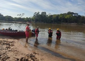 Família foi encontrada no Rio Paraguai