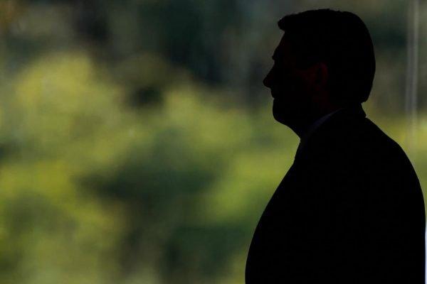 Bolsonaro fala em segunda dose contra a Covid para 2022