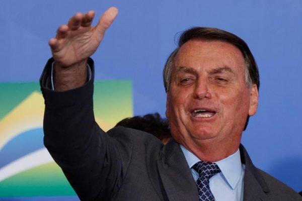 presidente jair bolsonaro durante lançamento do Programa Gigantes do Asfalto no palácio do Planalto