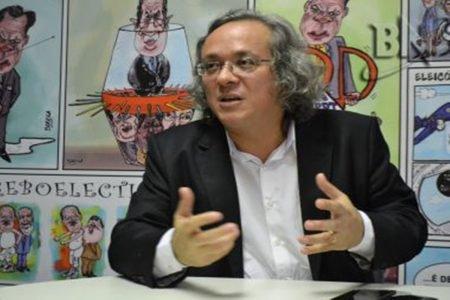 reitor da Universidade Federal da Bahia (UFBA), João Carlos Salles