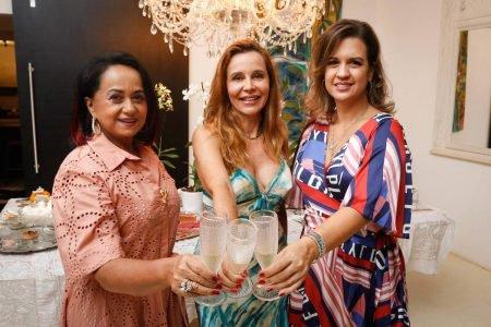 Vandira Peixoto, Carla Lobo e Manuella Peixoto