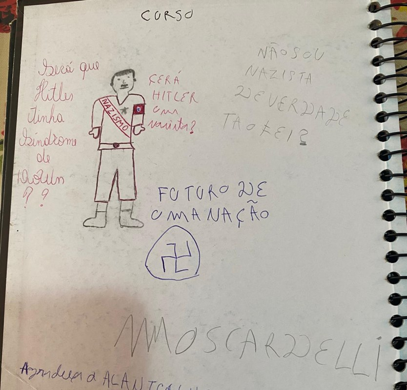 Caderno apreendido com adolescente que planejava massacre em Goiânia (GO)