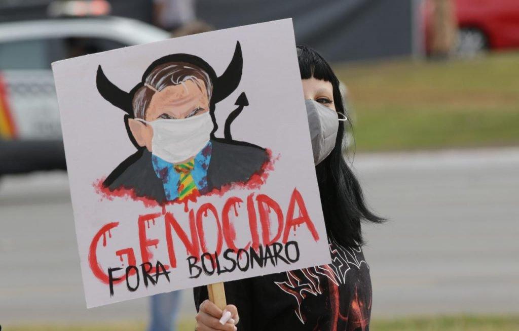 Manifestação pedindo a saída do presidente Jair Bolsonaro da Presidência da República em brasília 9