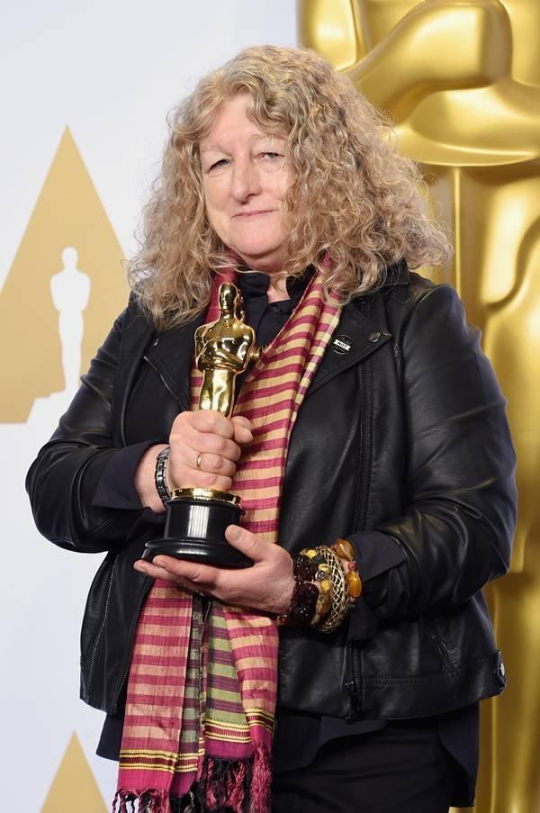 Figurinista Jenny Beavan no Oscar de 2016